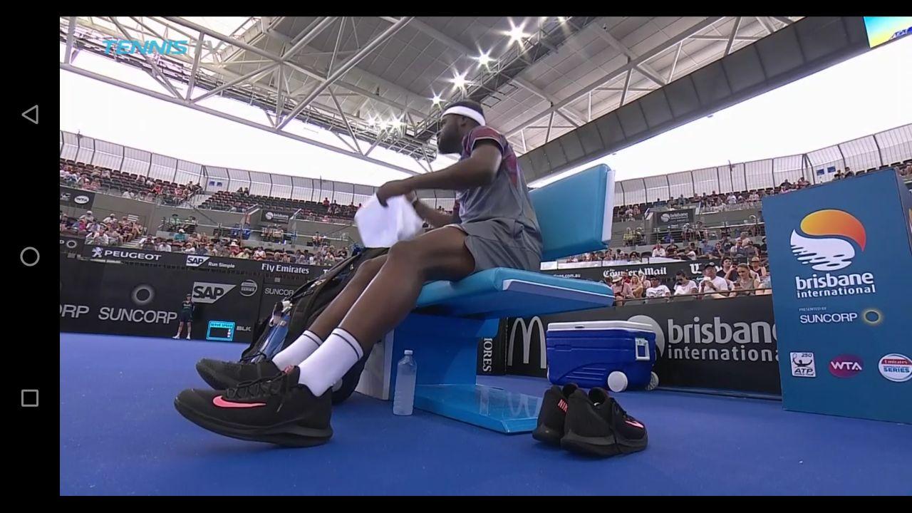 New nike tennis shoe